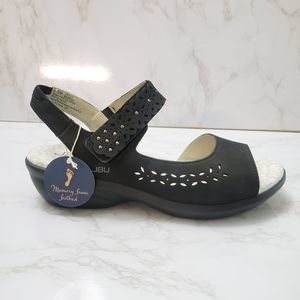 JBU By Jambu Black Ankle Straps Sandals Size 6.5